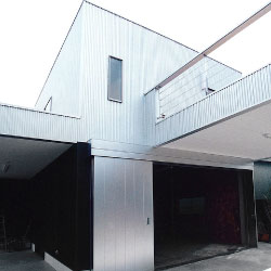 tk house / 2002.11